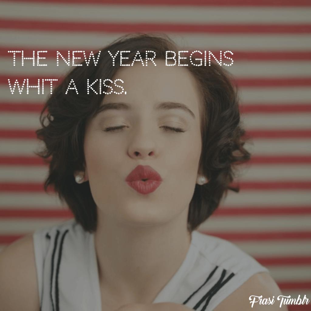 frasi-auguri-buon-anno-nuovo-lingua-inglese-bacio