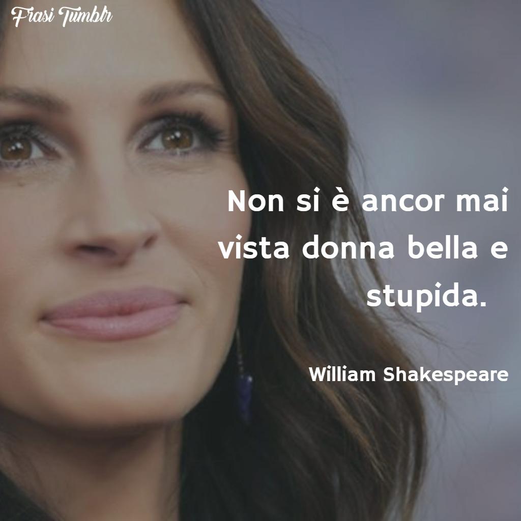 frasi-bellezza-donna-bella-stupida