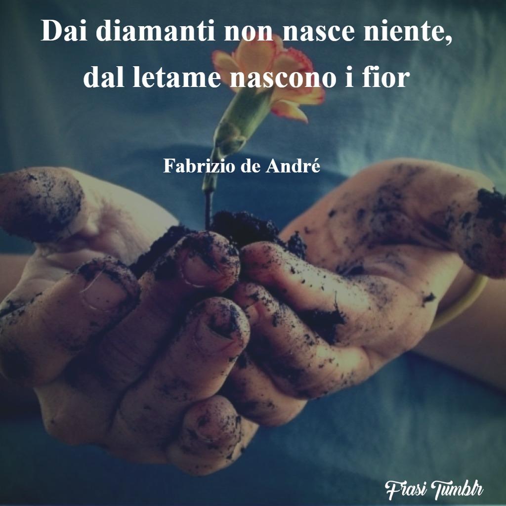 frasi-epitaffi-diamanti-letame-fiori