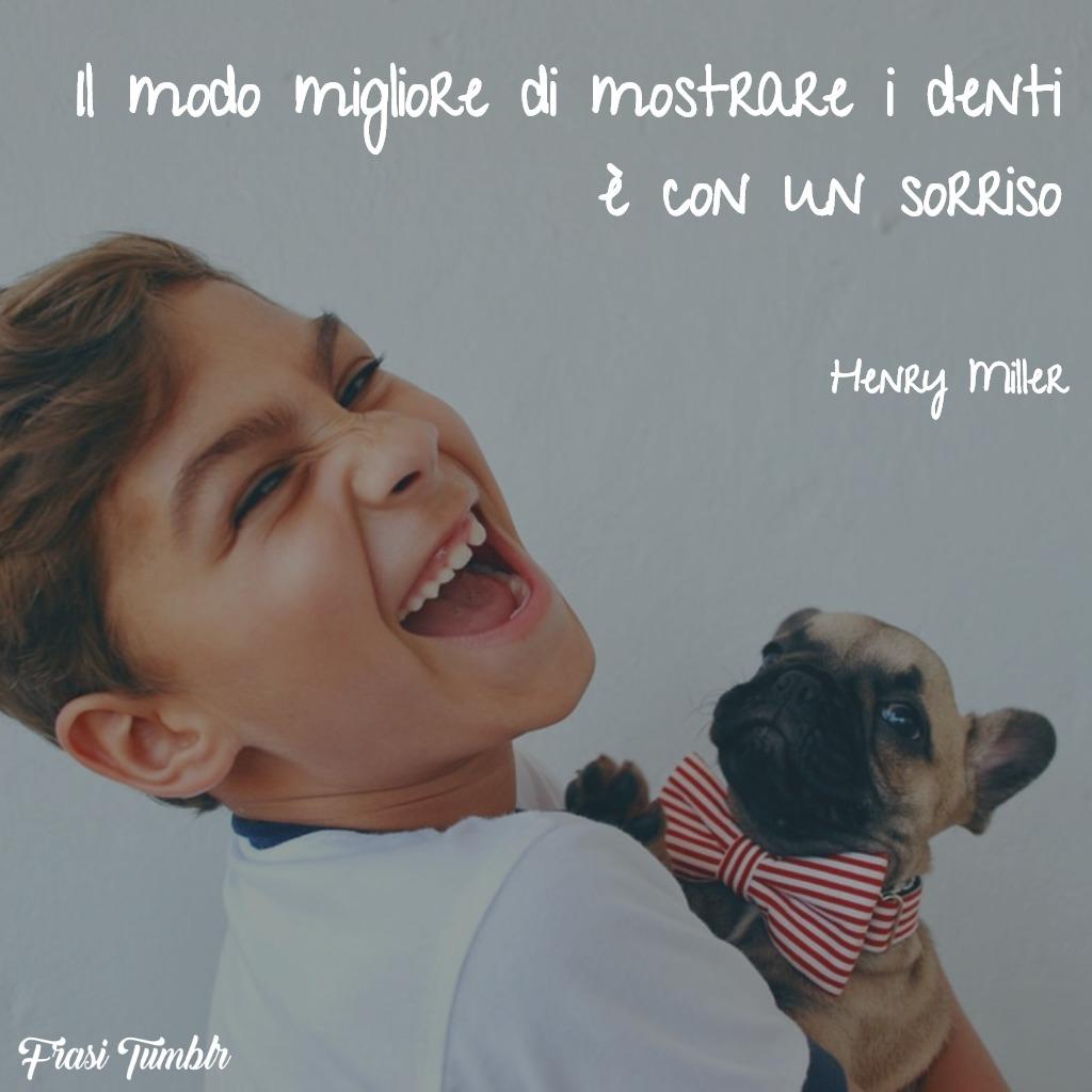 immagini-frasi-sorriso-mostrare-denti-henry-miller-1024x1024