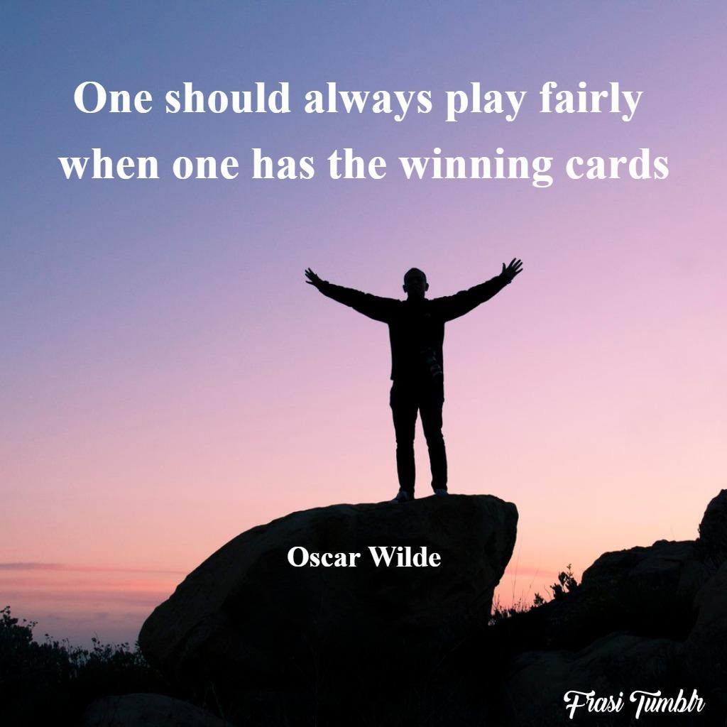 frasi-oscar-wilde-inglese-giocare-carte