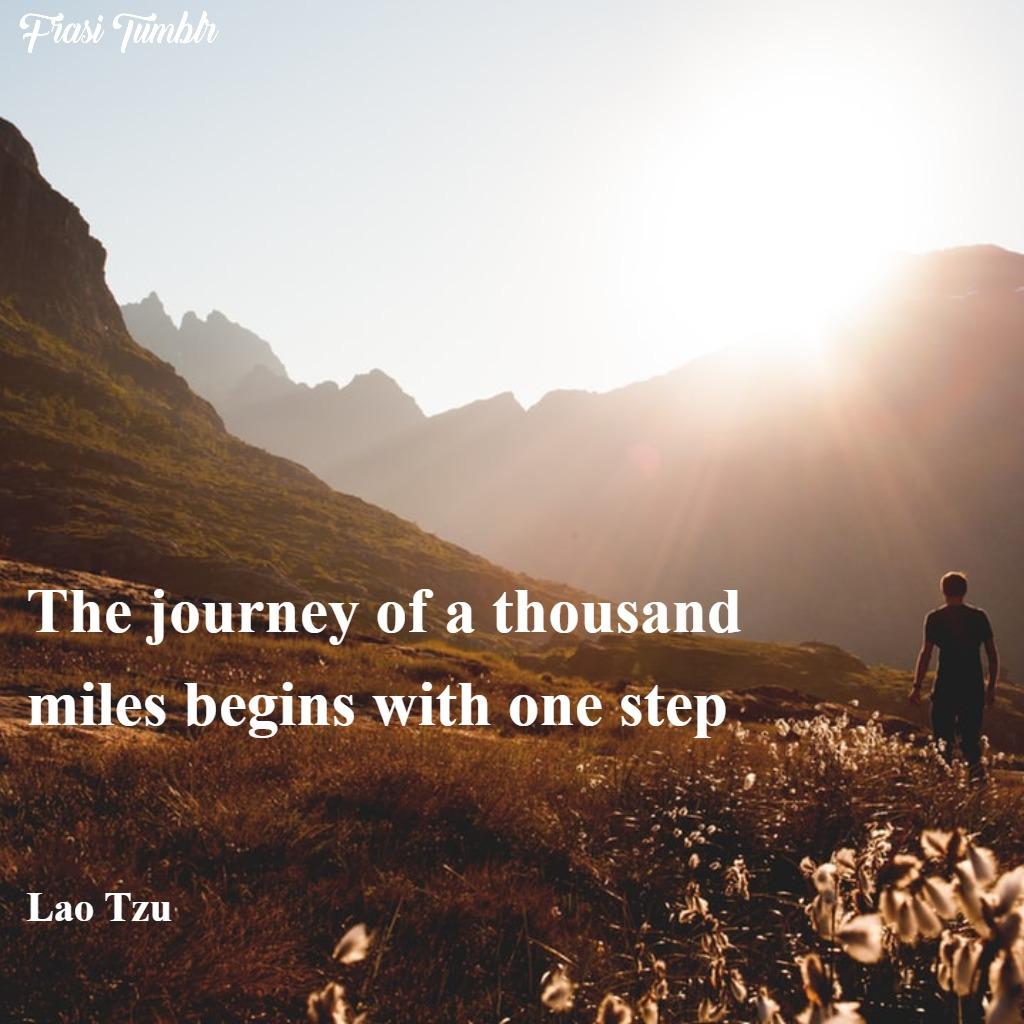 frasi-viaggio-mille-miglia-singolo-passo-inglese-lau-tzu-1024x1024