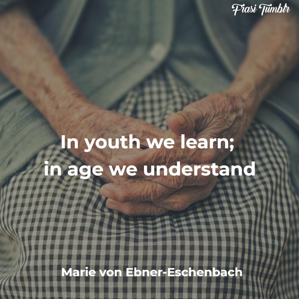 frasi-giovani-giovinezza-inglese-vecchi-ascoltano