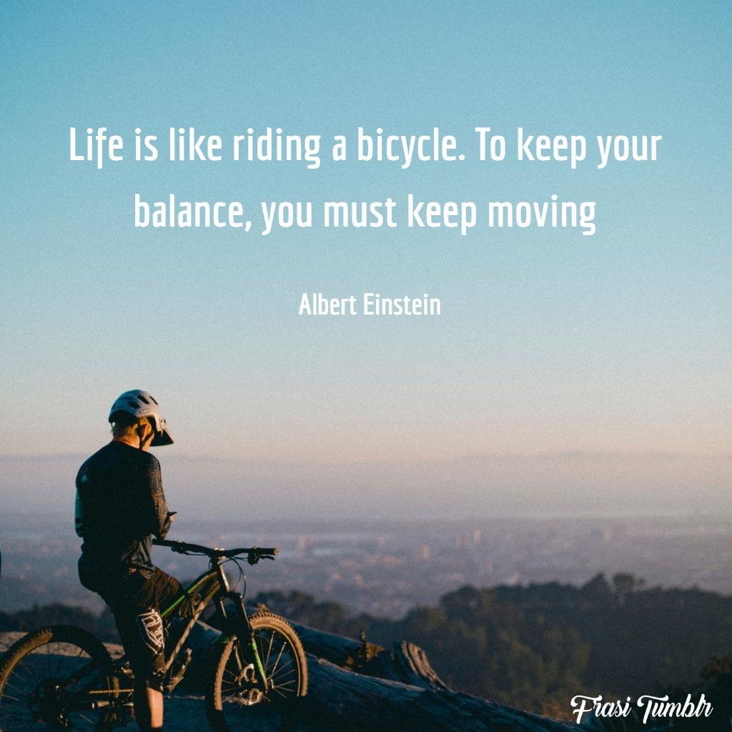 frasi-resilienza-inglese-vita-dura-bicicletta