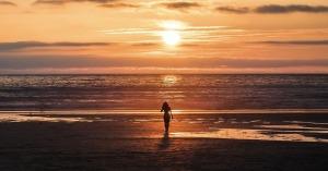 frasi sull'alba al mare